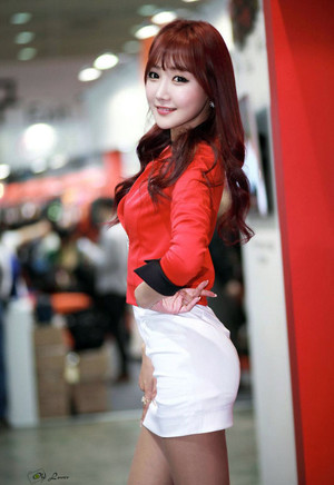 If you like Korean babe Jo In Young,..